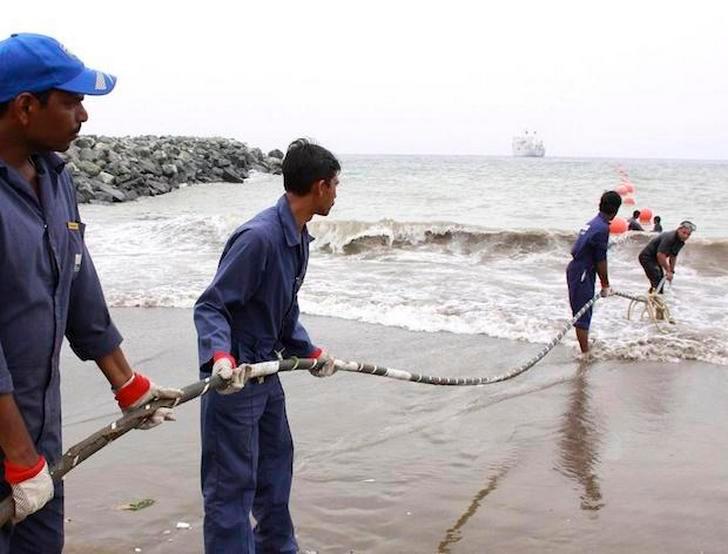 10 sự thật về cáp mạng vượt đại dương