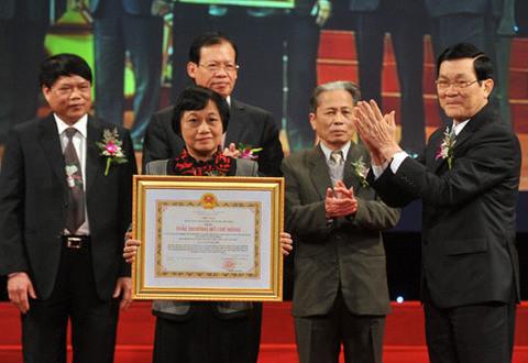 16 công trình đoạt giải Nobel khoa học của Việt Nam