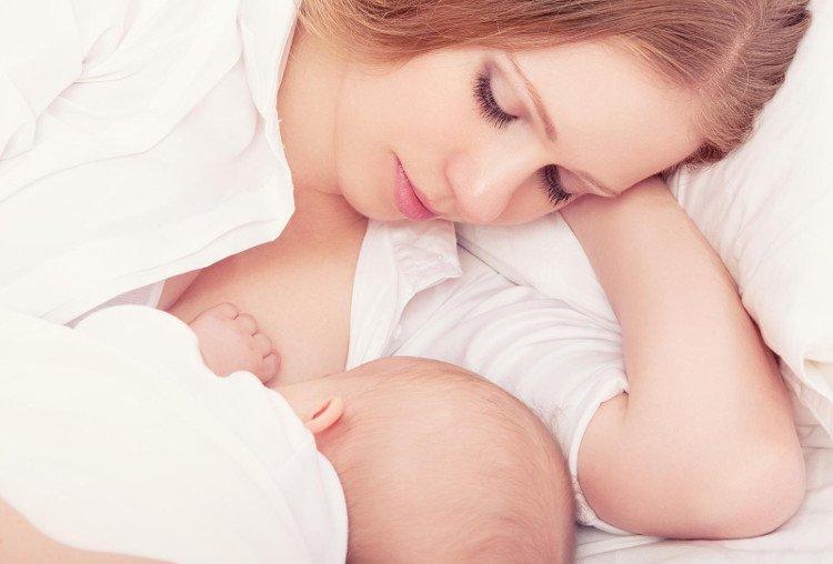 16 lợi ích của việc nuôi con bằng sữa mẹ