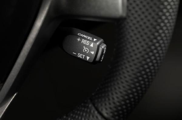4 công nghệ trên ôtô không ứng dụng nổi ở Việt Nam