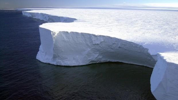 4 kịch bản đang xảy ra khi tảng băng trôi lớn nhất lịch sử vừa đứt gãy ở Nam Cực
