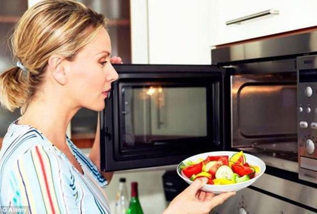 4 thực phẩm dễ rước bệnh không ít người ăn, đun nước sôi khử trùng 10 lần cũng vô dụng