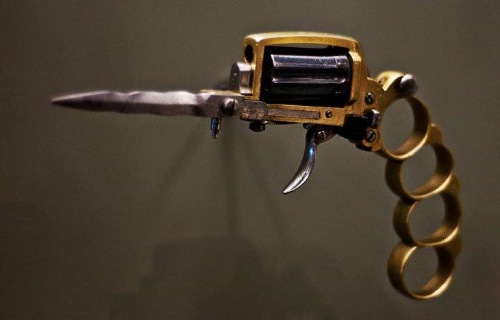 8 khẩu súng tệ hại nhất từng được phát minh