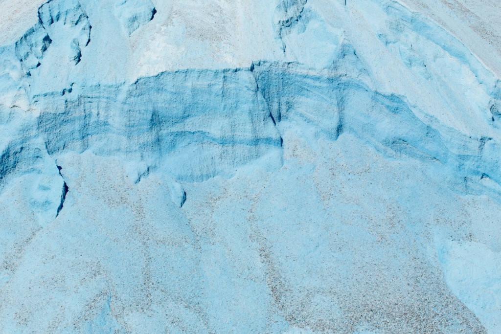Ảnh hiếm về mỏ muối đá kỳ lạ nằm sâu dưới đáy hồ