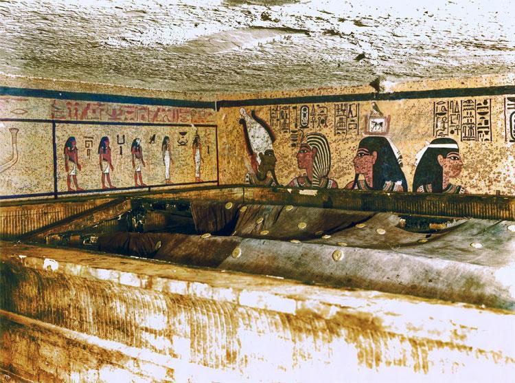 Ảnh màu cực hiếm ghi lại quá trình khám phá lăng mộ Tutankhamun