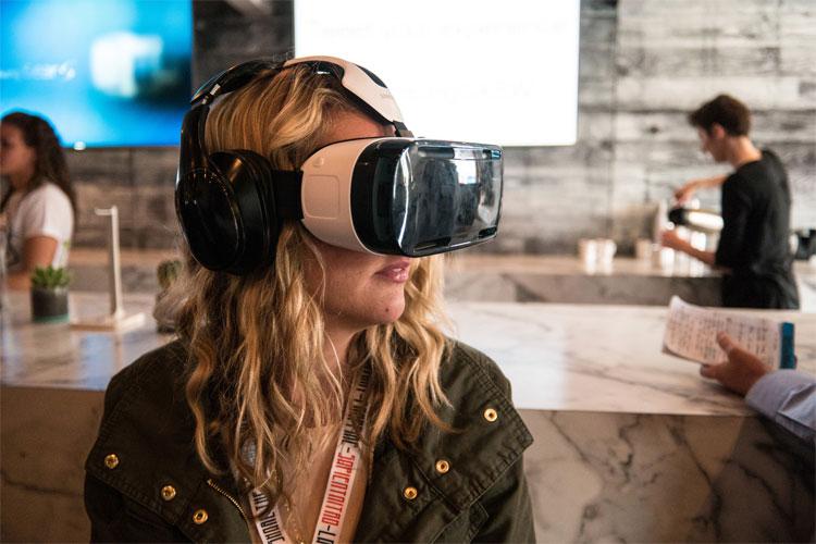 AR và VR khác nhau thế nào?