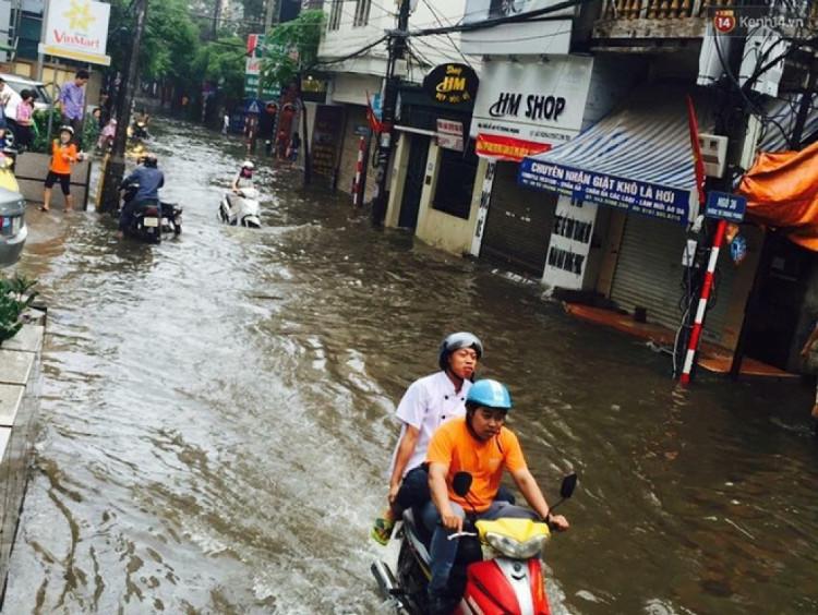 Bắc Bộ và Hà Nội tiếp tục mưa to, Yên Bái, Lào Cai nguy cơ có lũ quét