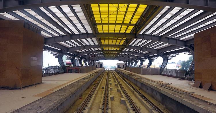 Bay dọc tuyến đường sắt trên cao đầu tiên sắp chạy thử
