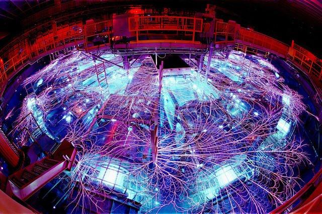 Bên trong cỗ máy tái tạo được bom hạt nhân và hố đen Vũ trụ đặt tại Mexico