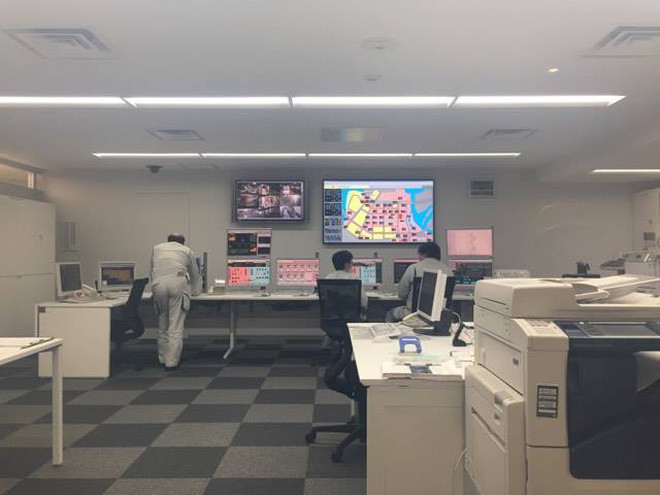 """Bên trong nhà máy điều hòa """"cả quận dùng chung"""" tại Nhật"""