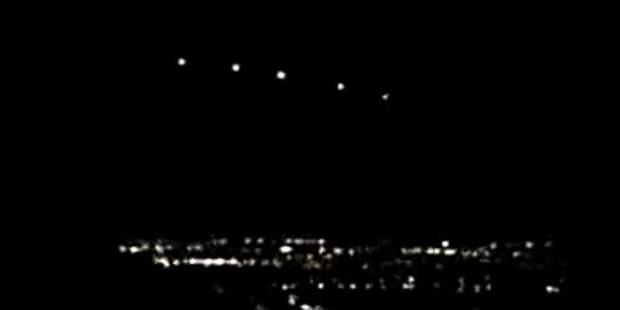 Bí ẩn ánh sáng Phoenix 20 năm vẫn chưa có lời giải