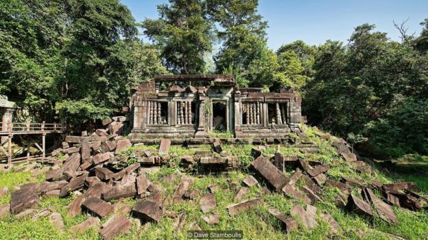 Bí ẩn ngồi đền cổ nằm sâu trong rừng ở Campuchia
