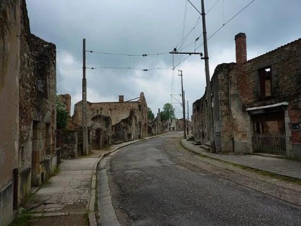 """Bí ẩn rợn người"""" ở những ngôi làng được cho là """"ma ám"""""""