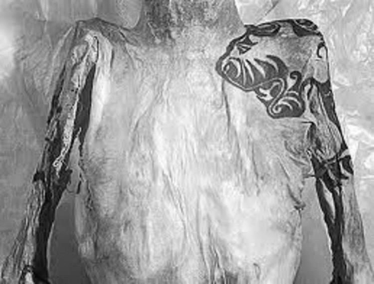 Bí ẩn xác ướp hoàng gia 2200 tuổi nghiện ngập và thích xăm trổ đã được hé mở