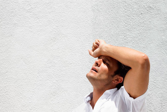 Bí kíp đối phó với sốc nhiệt - tử thần ngày nắng nóng