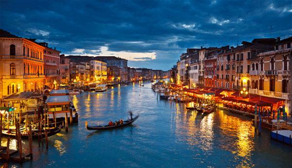 Bí quyết xây dựng thành phố nổi Venice
