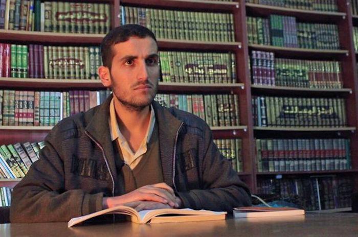 """Bom đạn """"bó tay"""" với một thư viện bí mật dưới lòng đất Syria"""