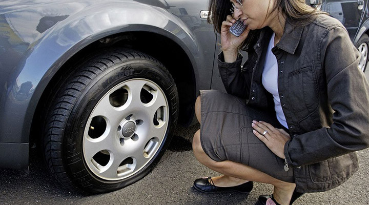 Các xử lý khi xe ô tô bị nổ lốp