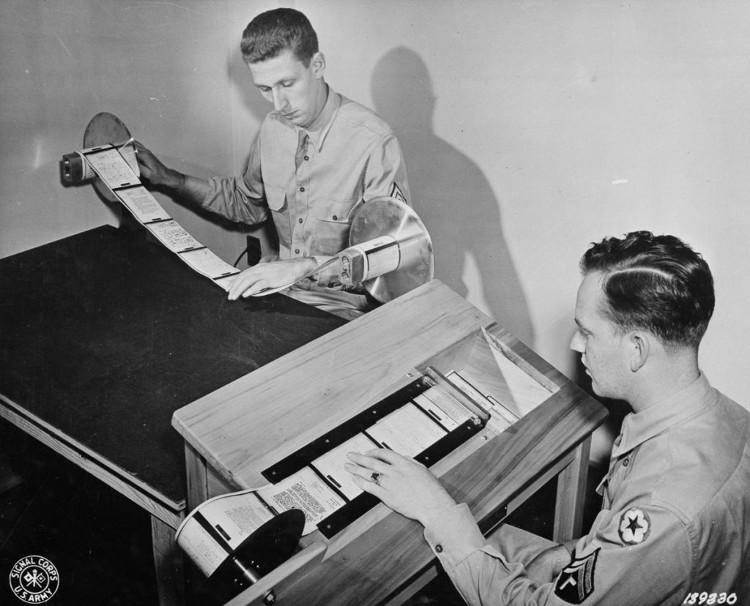 Cách người Mỹ gửi mail trong thế chiến thứ 2 khi chưa có Internet