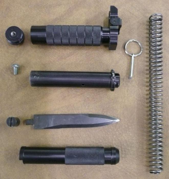 Cận cảnh con dao găm chết chóc bị cấm tại Mỹ