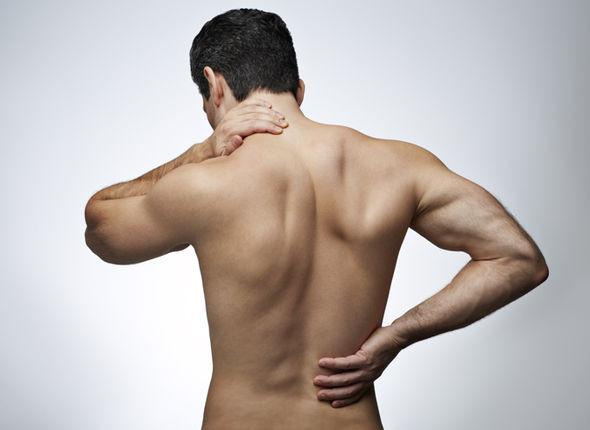 Cảnh giác bệnh gây đau mỏi xương khớp khi mùa mưa đến