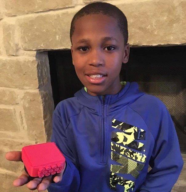 Cậu bé 10 tuổi phát minh ra thiết bị có thể cứu sống hàng triệu trẻ em vào mùa nóng