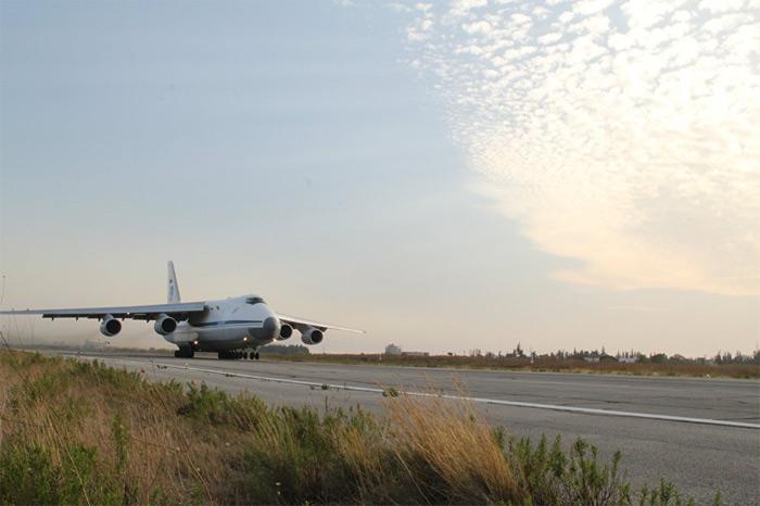 Chế tạo siêu máy bay vận tải nhanh nhất thế giới tại Nga