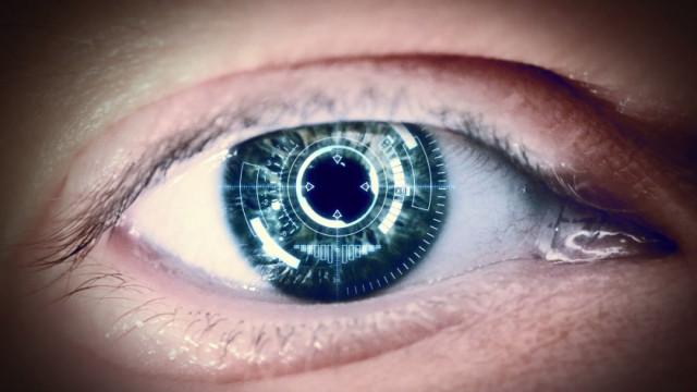 Chiếc kính áp tròng này có thể khiến quyền riêng tư của nhân loại gặp nguy hiểm