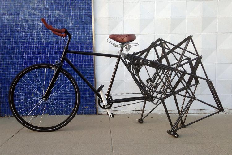 Chiếc xe đạp đi bộ kì quái nhất thế giới