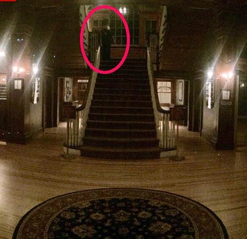 Chuyên gia lý giải bức ảnh hồn ma ở khách sạn Mỹ