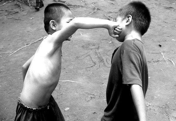 Con người liệu có thật sự hung bạo từ bản chất hay không?