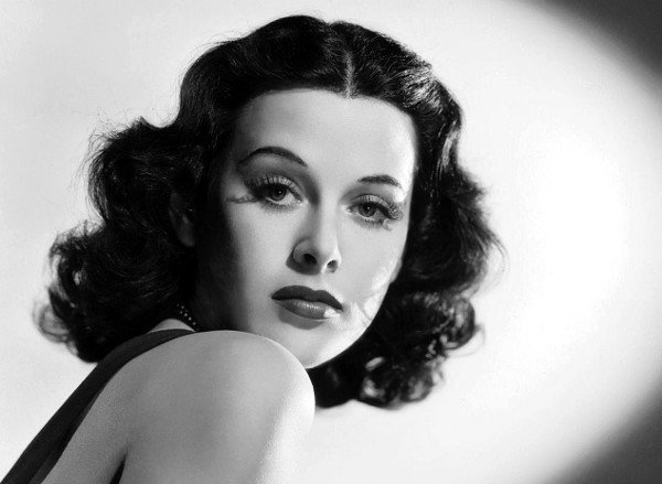 Cuộc đời và sự nghiệp của diễn viên kiêm nhà toán học Hedy Lamarr