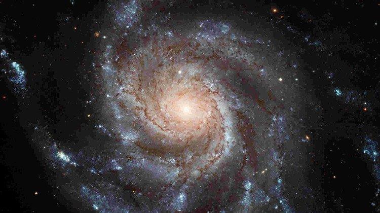 Dải Ngân hà là gì? Ngân hà và Thiên hà khác gì nhau?