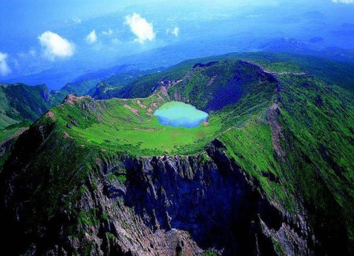 Đảo Núi lửa Jeju và Hệ thống Ống Dung nham