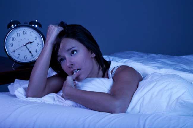 Đây là lý do vì sao một nửa não bộ vẫn thức khi bạn ngủ xa nhà
