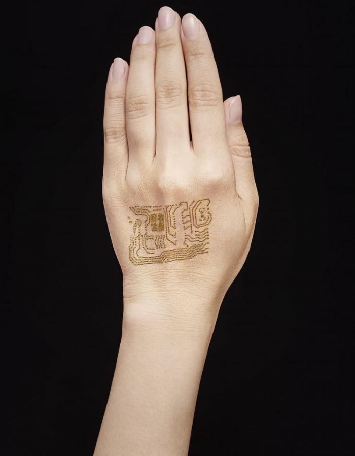 Đây là thiết bị đeo siêu mỏng được cấy trực tiếp vào da