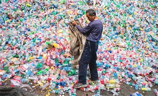 Đến năm 2030: Thế giới sẽ ngập trong rác thải nhựa vì Trung Quốc cấm nhập khẩu rác