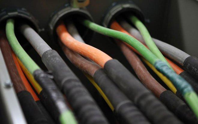 Đừng thờ ơ trước biến đổi khí hậu, nó sẽ khiến bạn mất kết nối internet trong tương lai gần