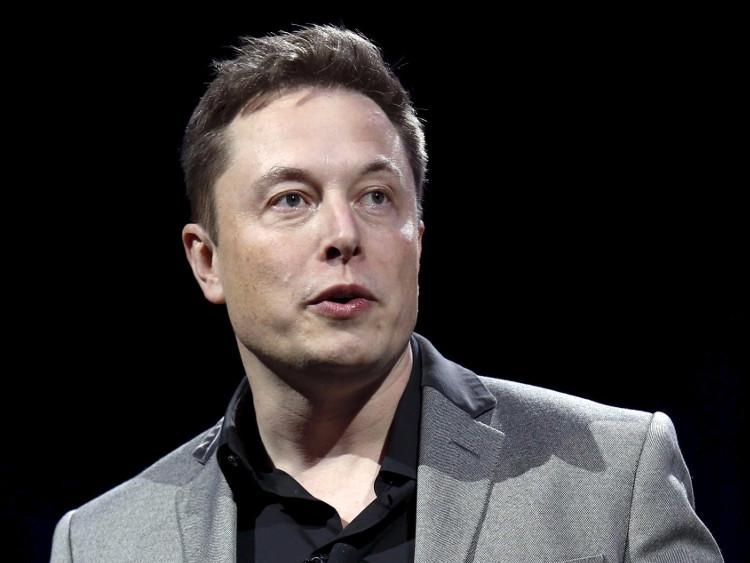 Elon Musk tài trợ cho dự án gây sốc hợp nhất não người với AI