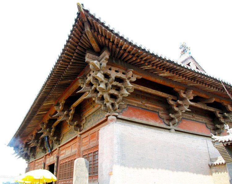 Giải mã bí ẩn kiến trúc giúp Tử Cấm Thành đặc trị 200 trận động đất