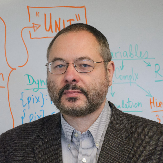 Giáo sư dự đoán thế giới chìm sâu trong bất ổn năm 2020