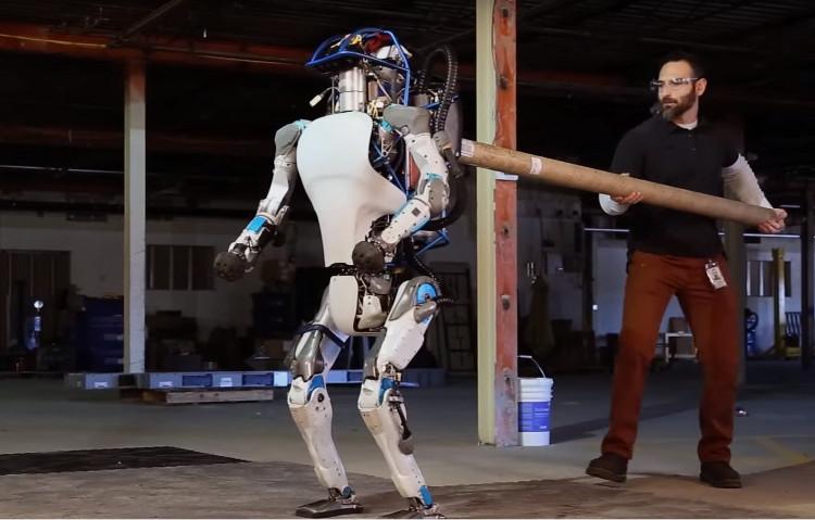 Google bán công ty chuyên sản xuất robot gây ác mộng