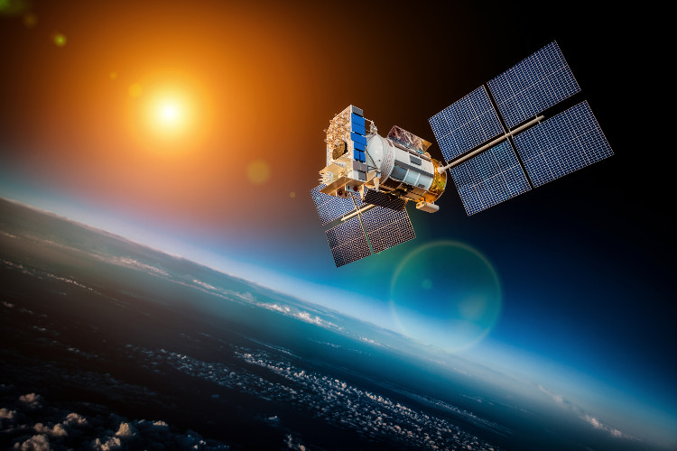 Hàng nghìn vệ tinh trên quỹ đạo Trái Đất có thể đâm vào nhau