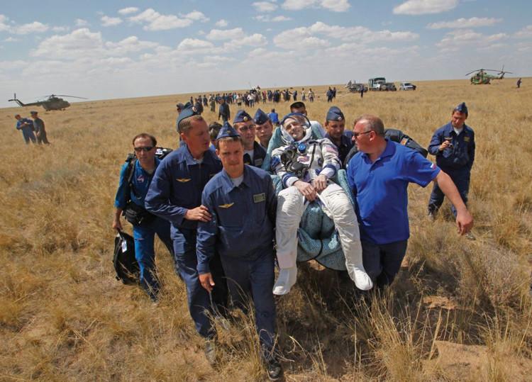 Hành trình nghìn người chọn một để trở thành phi hành gia NASA