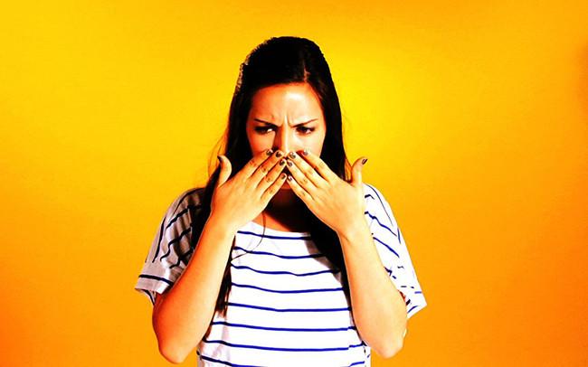 Hoá ra cồn là một thứ cực thần thánh khi làm việc nhà