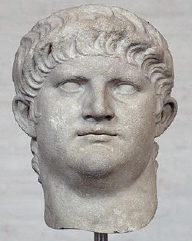 Hoàng đế La Mã và những sở thích phòng the khiến người đời rùng mình (Phần 2)