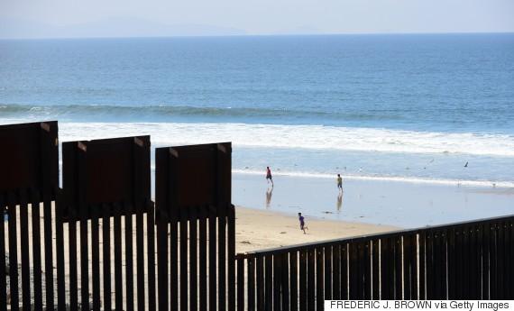 Khám phá các đường biên giới độc đáo giữa các nước