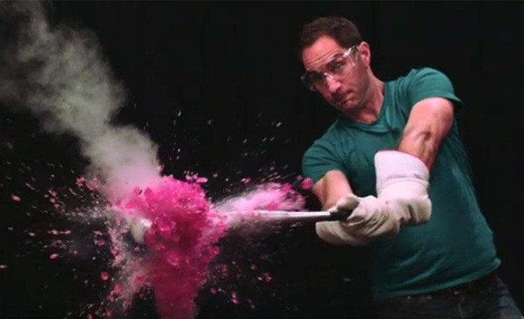 Khám phá cách nitơ lỏng phá hủy mọi thứ