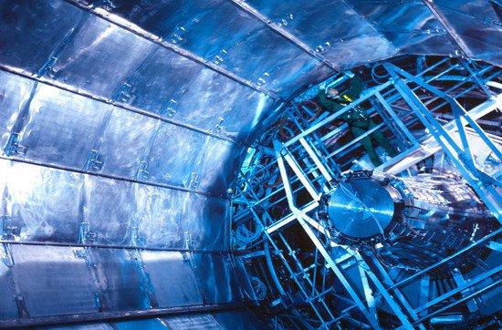 """Khám phá máy gia tốc hạt """"khủng"""" nhất thế giới"""