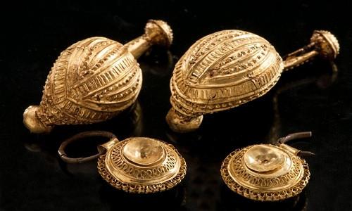 Kho báu 2600 năm hé lộ bí mật trong mộ công chúa Celtic